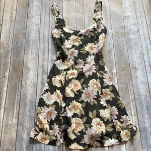 NWT Forever 22 Black Floral Dress size S